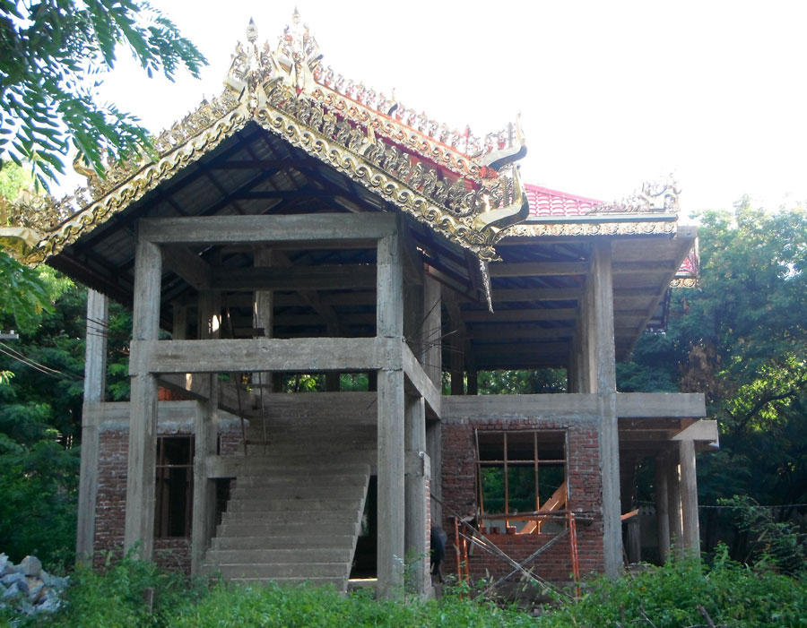 One of the main buildings still in construction.